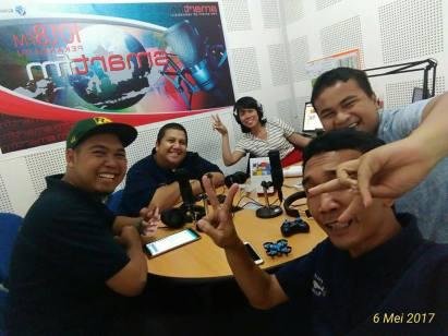 komunitas talk with smart fm pekanbaru